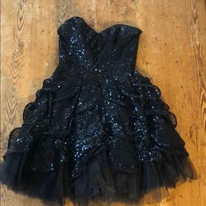 Betsy Johnson black sequin party dress